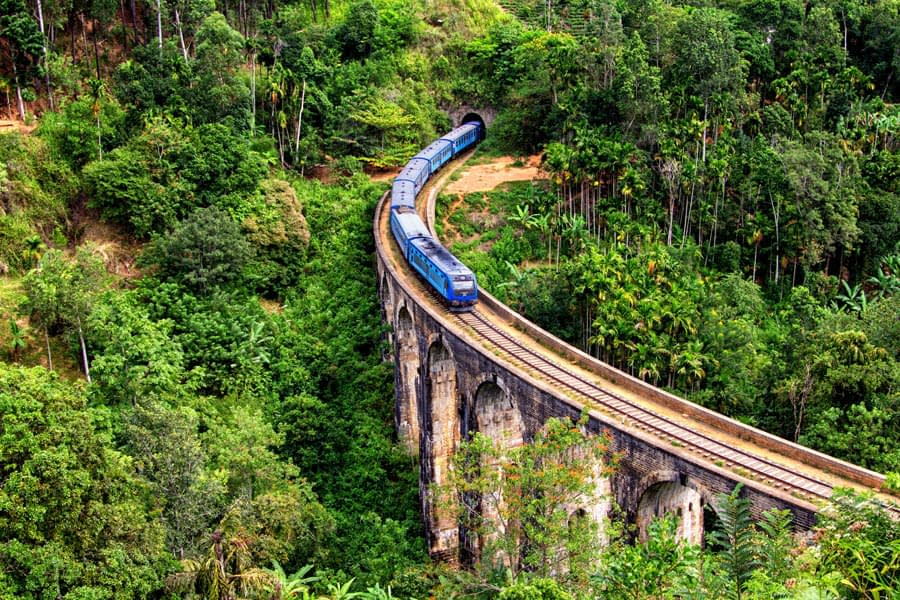 Iconic train rides in Sri Lanka