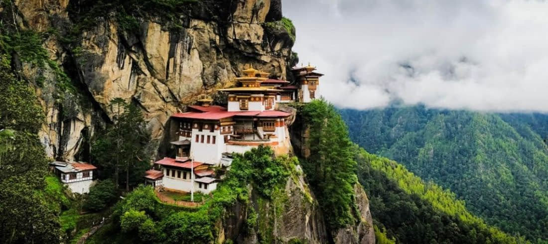 How To Reach Bhutan – the Kingdom Of Dragons ?